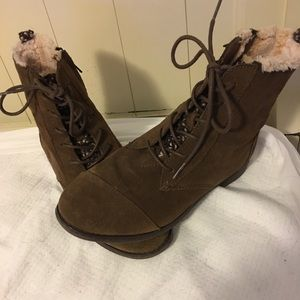 Women's Toms Suede Leather lace-up ankle boots
